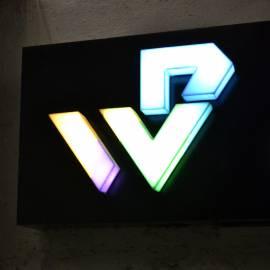 Объемный логотип с подсветкой Windprof
