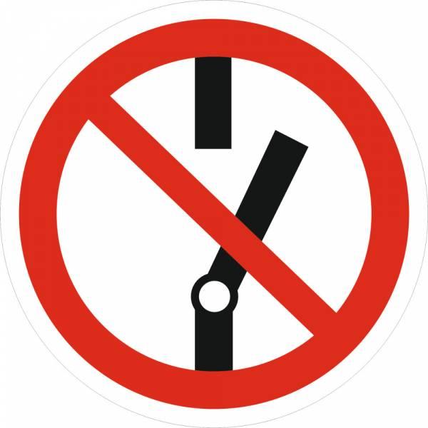 Знак 'Не включать' (ГОСТ Р 12.4.026-2001) 200х200 мм P10